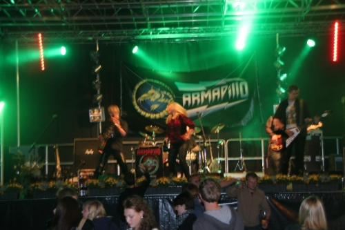Armadillo Strassenfest 2014 09 20 1706